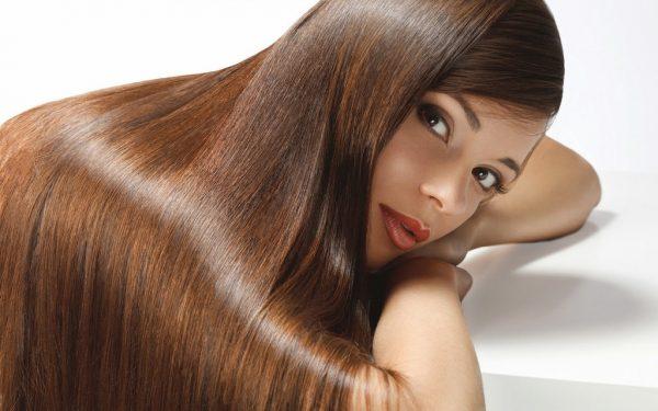 здоровые блестящие длинные волосы