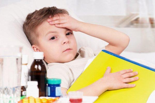 Ребёнок, больной простудой