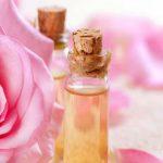 флаконы с маслом, роза