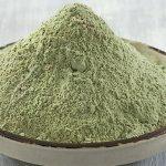 Сухая зелёная глина в миске