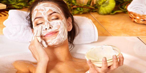 Кефирная маска с маслом амаранта для лица