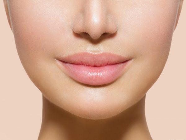 Красивые мягкие губы