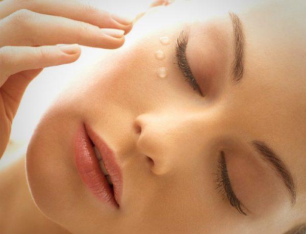 Персиковое масло для ресниц и кожи под глазами