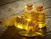 Три бутылочки с маслом чайного дерева